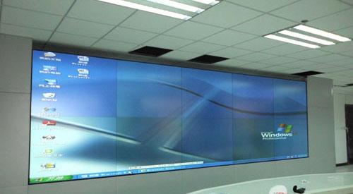 背投融合屏幕