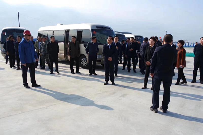 唐山市领导集体观赏乐亭地区能源中心