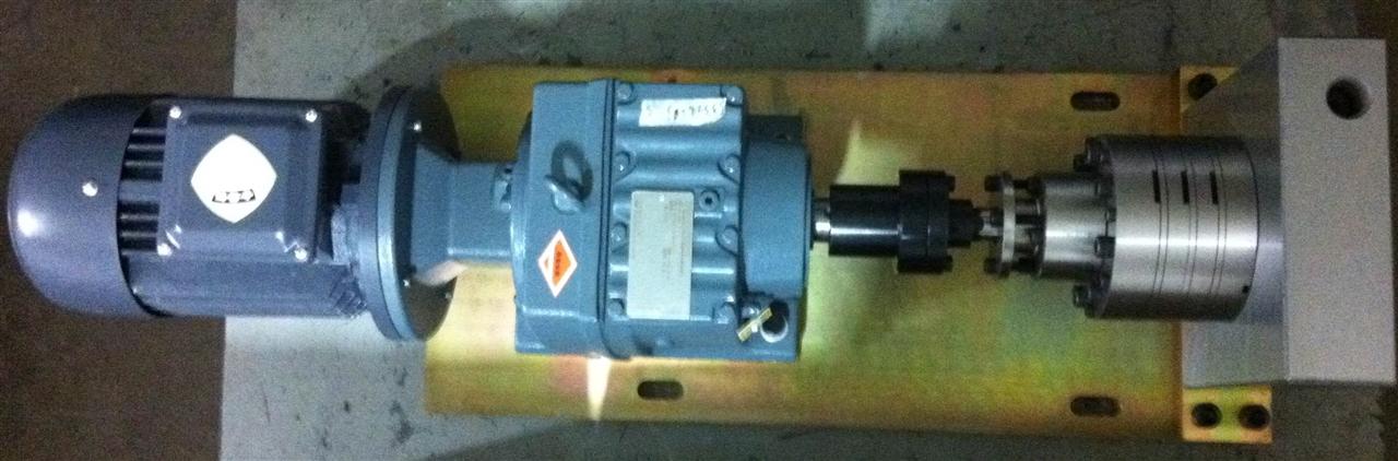 氨纶纺丝计量泵——国产最新24出口/流量0.1cc--3.0cc/rev