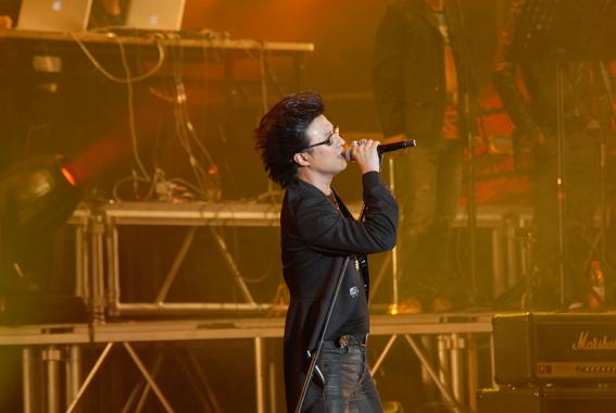 汪峰信仰2011演唱会