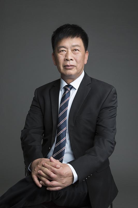 首席财务总监: 周喜旺 , CFO