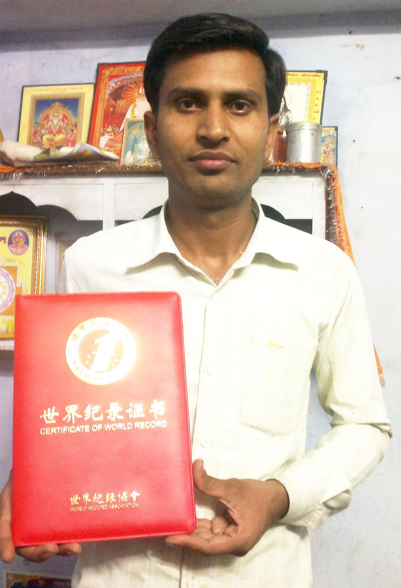 印度:世界最小的全套木工具——Umesh Jangid制作的全套木工具
