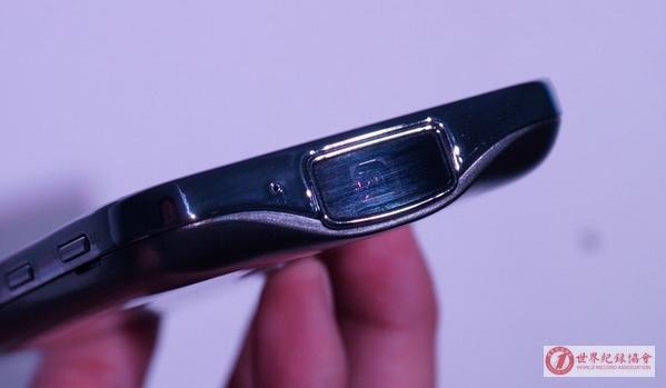 世界最长的手机投影画面——三星GALAXY BEAM2投影手机G3858