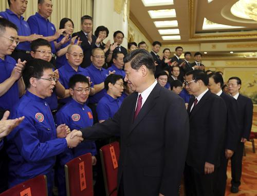 国家主席习近平会见载人深潜先进工作者代表