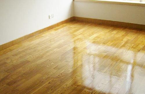 深圳清洁公司告诉你地板打蜡的步骤技巧