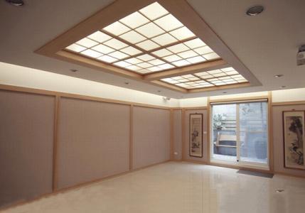 平顶天花板保洁技巧