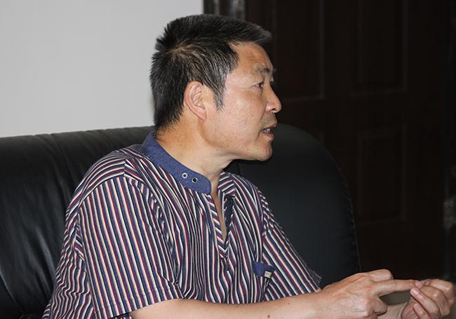曲靖市检察官文联主席周怀祥到宣威市检察院检查指导文联、文化建设工作