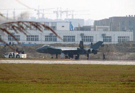 俄专家承认不了解歼20 称军工将被中国超越