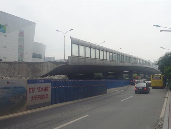 厦门市福厦路口跨线桥顶升工程竣工简报【2011-09-27】