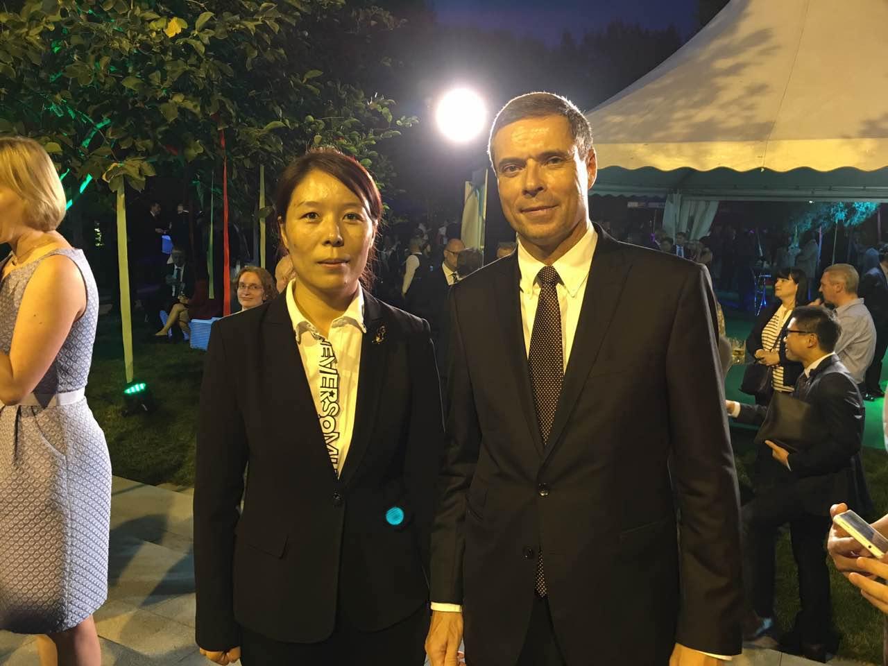 Secretary General Cui Jianghong and the Ambassador H.E. Mr. Michael Christian Max Clauss