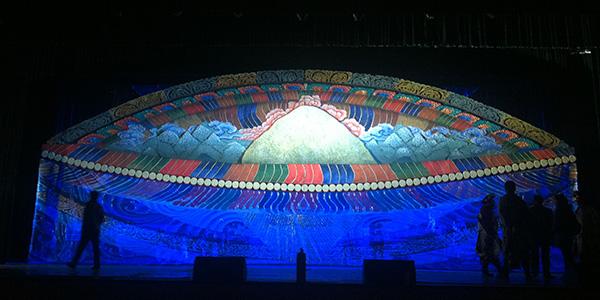 《魅力西藏》大型歌舞诗舞美
