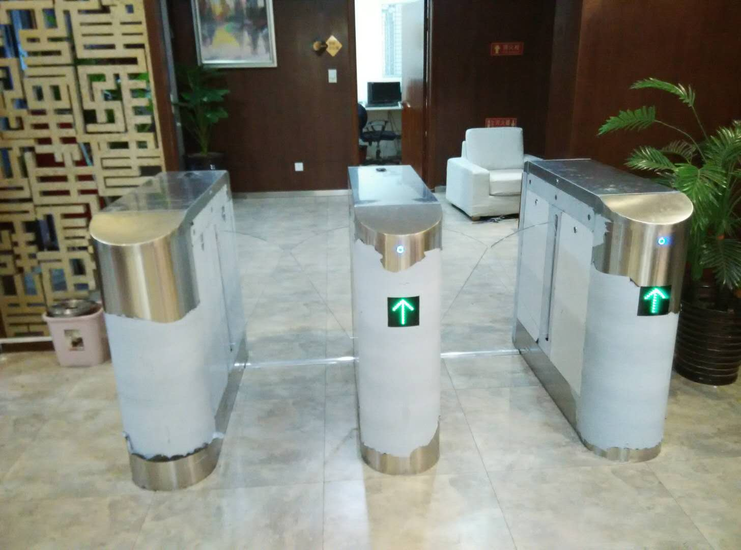 智奇科技银川健身房闸机门禁系统安装18123733271追梦云安装外包服务平台。