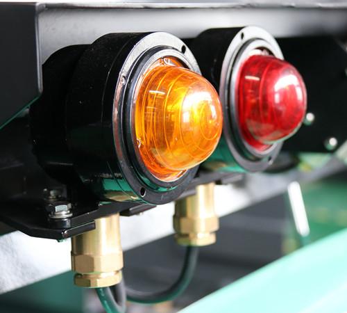 防爆转向和刹车灯