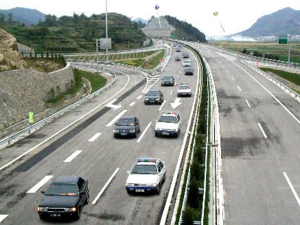 G15W高速公路