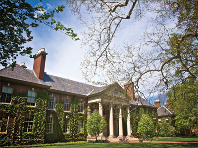 Deerfield Academy (迪尔菲尔德学院)