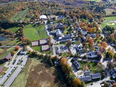 Lawrence Academy(劳伦斯中学)