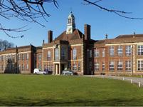 Stevenson School(史蒂文森中学)