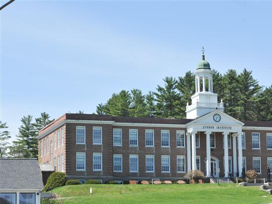 Lyndon Institute(林登中学)