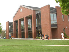 St. Johnsbury School(圣约翰伯利中学)