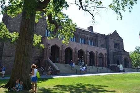 The Hill School(希尔中学)夏校项目