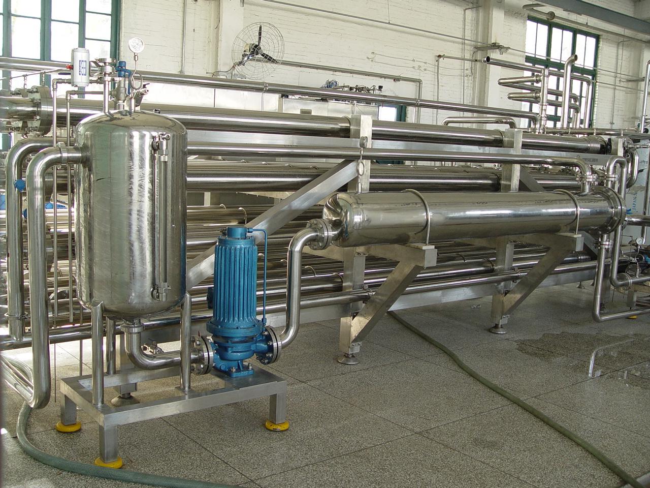 TGN3000型全自动高浓套管杀菌机