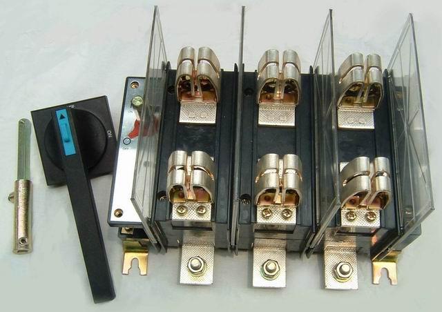 HH15-630隔离开关熔断器组