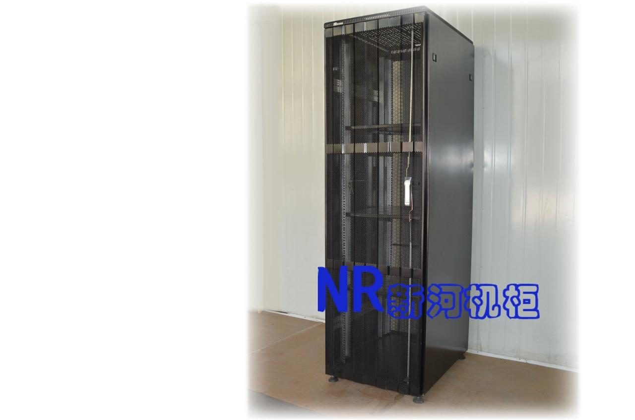 传世系列钢型材服务器机柜