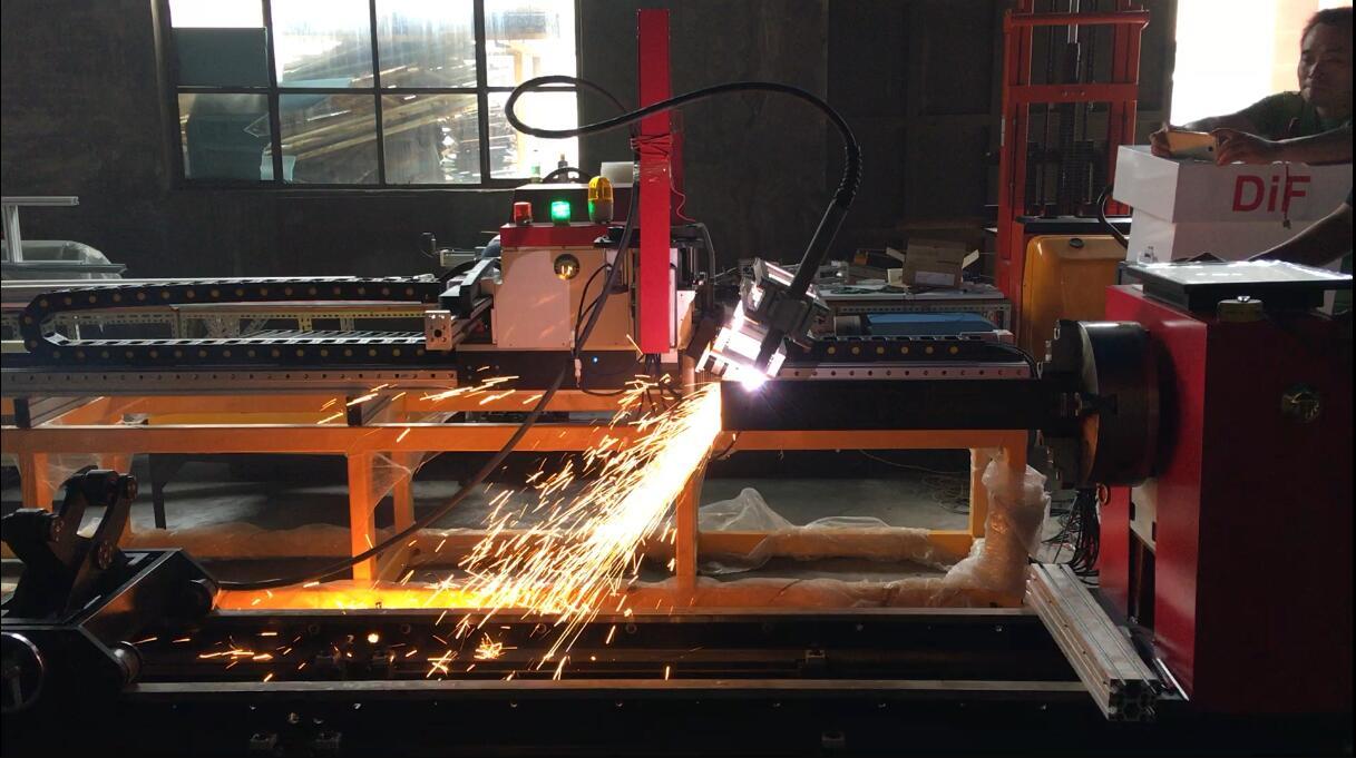 SNR-DiF 8轴多功能管板一体切割机