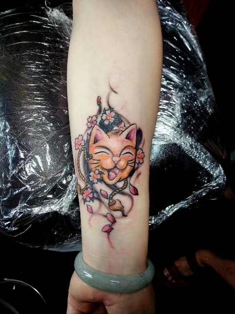 招财猫纹身寓意、小臂猫纹身、龙族纹身作品