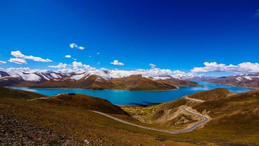 羊湖.珠峰四日游