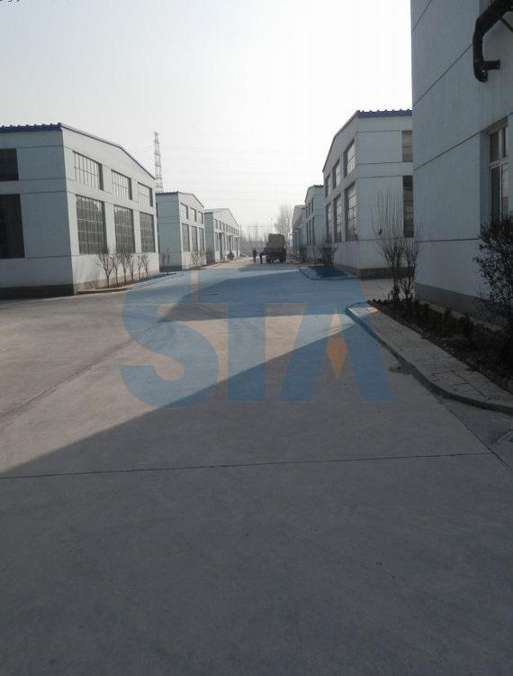road of factory in STA universe Group, the workshop is both end of road. This factory is mainly manufacturing silicon nitride thermocouple protection tube, silicon nitride riser tube, silicon nitrice heater tube, silicon nitride tube, and sialon protection tube