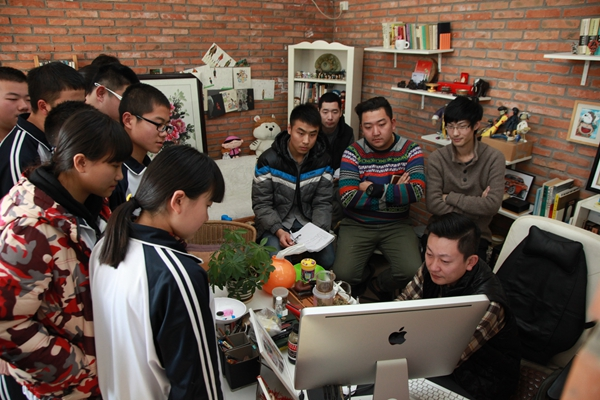 體驗數碼時代,感受動漫魅力——高一傳媒班赴北京其欣然數碼科技有限公司參觀學習