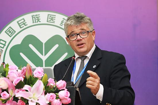 匈牙利蜂疗协会 主席 Dr. János Körmendy-Rácz PhD.