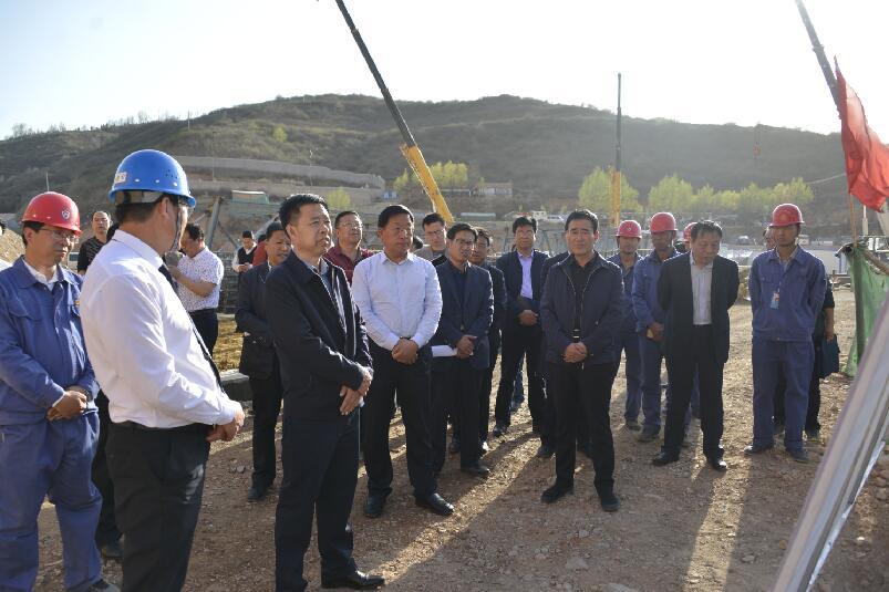 新河石料厂
